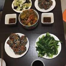 中间是咖喱大闸蟹,超好吃!