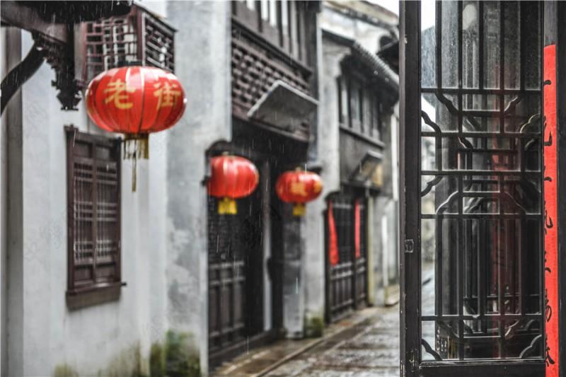 雨季阳澄湖巴城老街