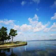 特别喜欢阳澄湖蓝蓝的天 