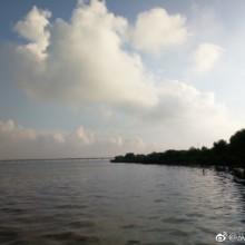 此时的苏州阳澄湖生态体育公园,天很蓝,云很低,享受每天好的环境,享受每天大汗淋漓的感觉!