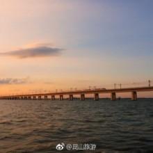 #爱拍昆山# 在阳澄湖畔,日落大湖的壮美总是令人难忘。(photo by @金朝均 )